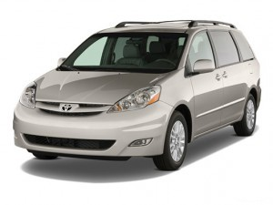 2010-toyota-sienna-New-York-Taxi-Service-to-JFK